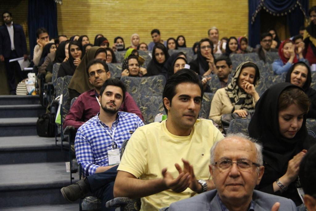 کنگره گیاهان دارویی اصفهان (17)