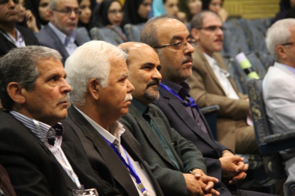 کنگره گیاهان دارویی اصفهان (21)