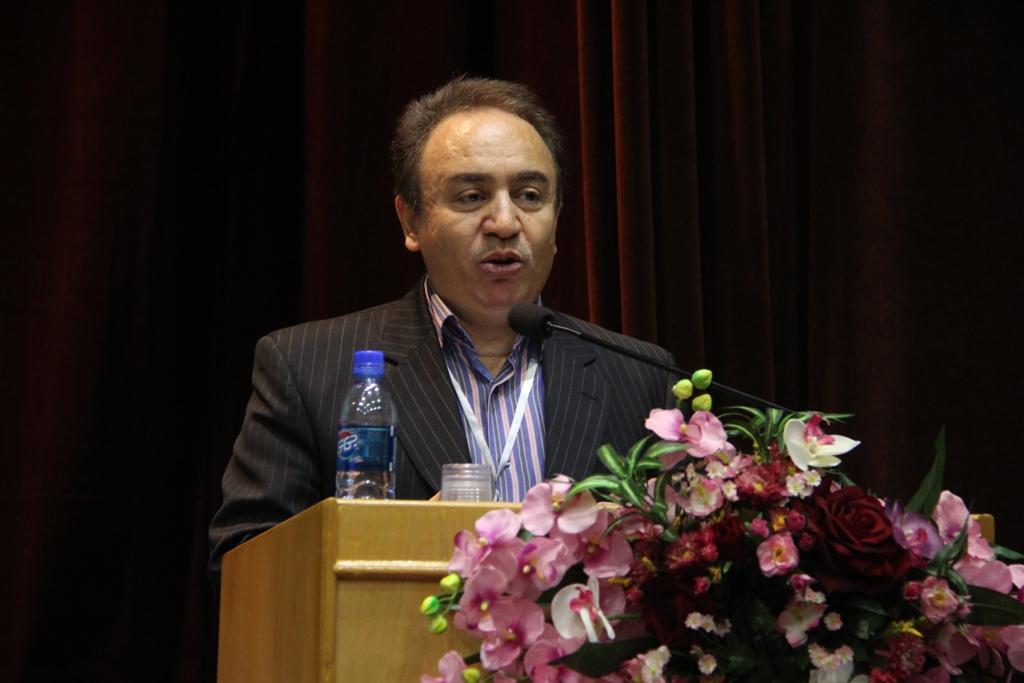کنگره گیاهان دارویی اصفهان (8)