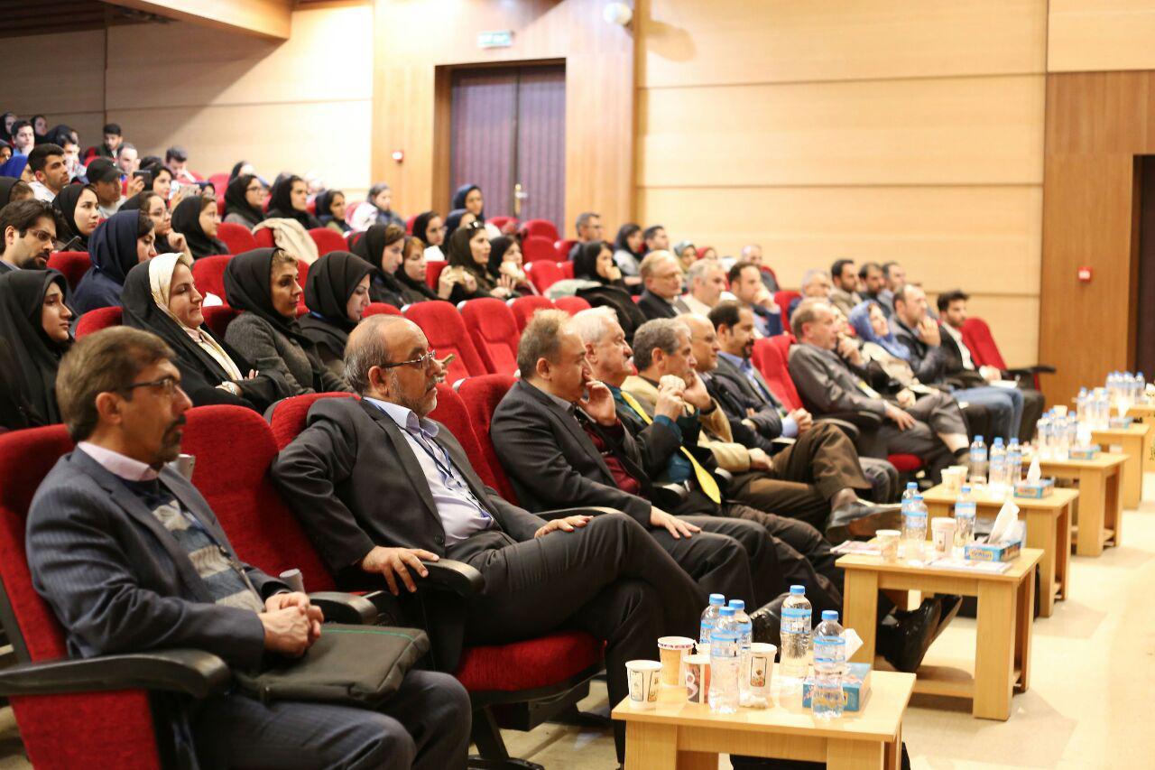 هشتمین کنگره ملی گیاهان دارویی با ارائه بیش از ۶۰۰ مقاله برگزار شد